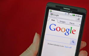Google to Buy Motorola Mobility for $12.5 Billion to Rival Apple